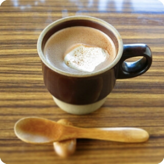 琉球シナモンのホットチョコレート